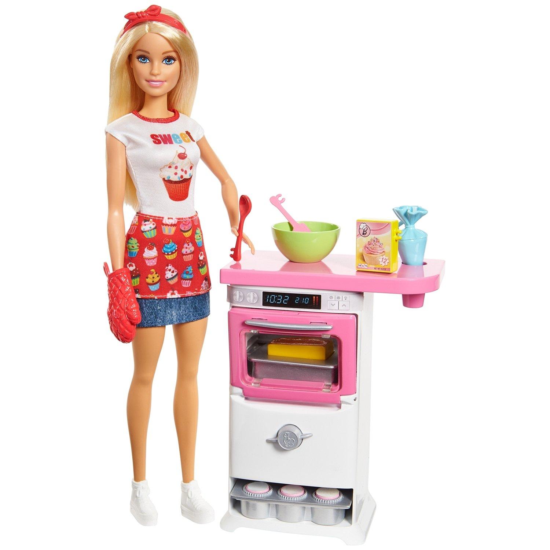 Барби на кухне картинка